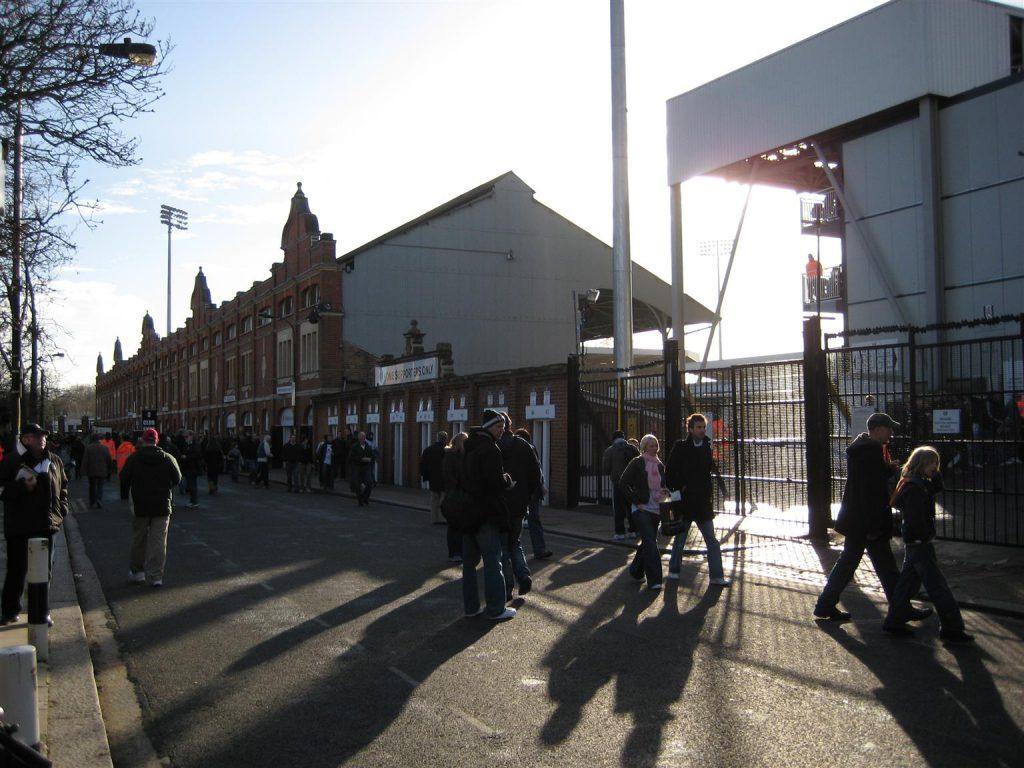 craven-cottage_2008_01