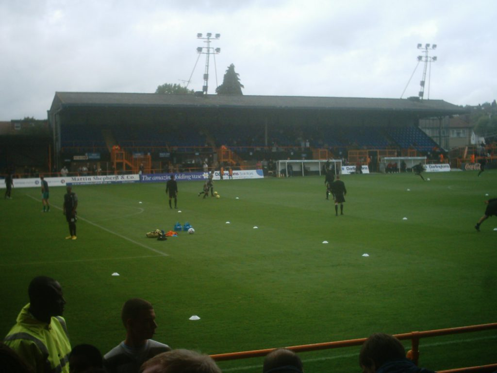 The Main Stand van Underhill Stadium, Barnet